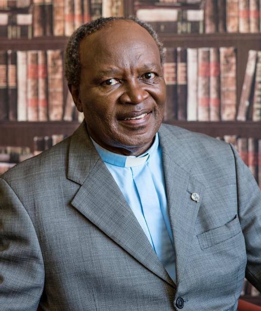 Bishop Mazwi Tisani